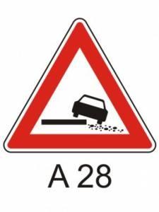 A 28 - nebezpečná krajnice