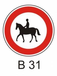 B 31 - zákaz vjezdu pro jezdce na zvířeti